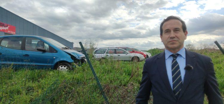 La dejadez del PNV convierte el terreno de Martiturri en un desguace